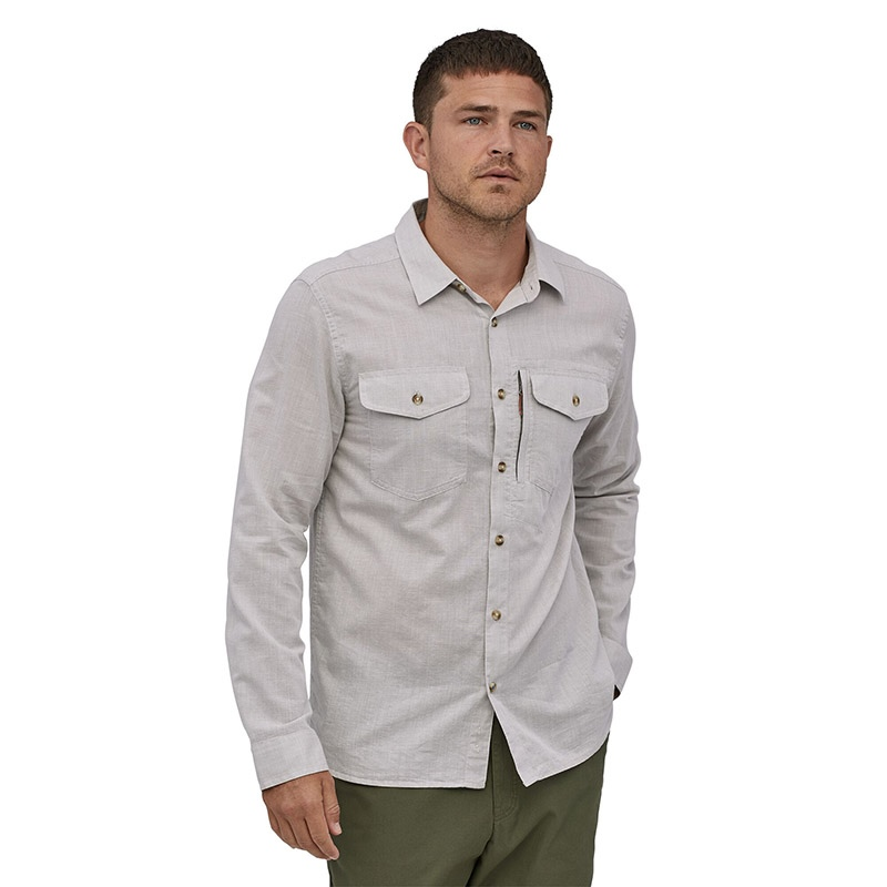 Patagonia Men's Long-Sleeved Cayo Largo II Shirt - CHFG Chambray: Feather Grey alternate 26402