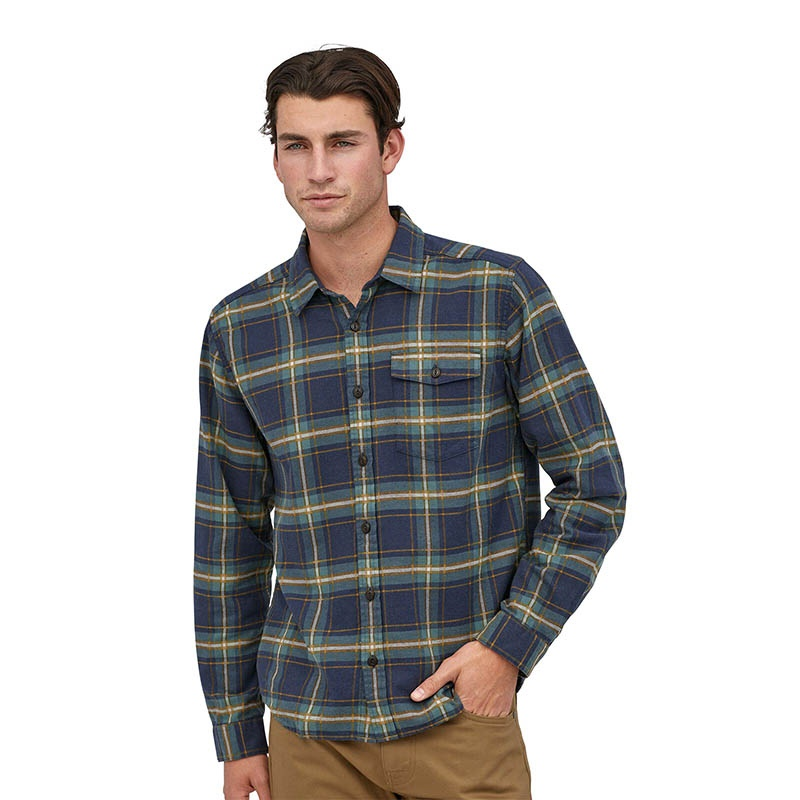 Patagonia Men's Long-Sleeved Lightweight Fjord Flanel Shirt - LNNA Lawrence: New Navy alternate 38508
